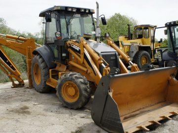 Buldoexcavator Case 580 Super R an 2008