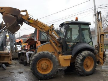 Buldoexcavator Case 695 Super R an 2008