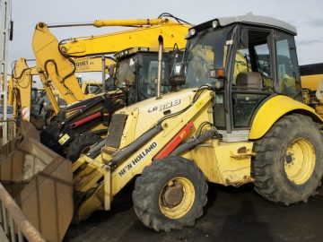 Buldoexcavator New Holland LB 110 B an 2006