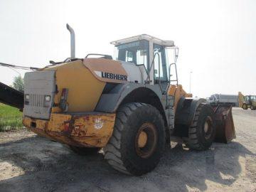 Încărcător frontal Liebherr L554