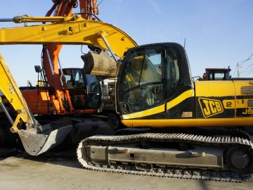 Excavator pe șenile JCB JS 200