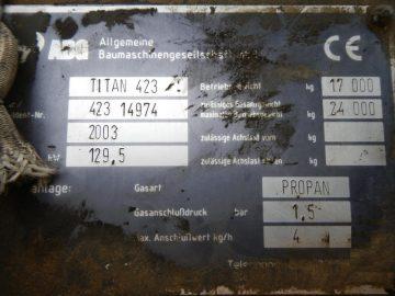 Finisor de asfalt ABG Titan