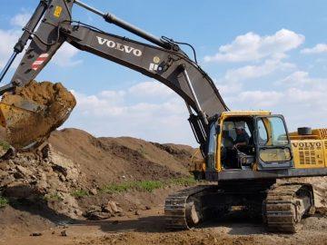Excavator pe șenile Volvo EC 460 B LC , 48 tone