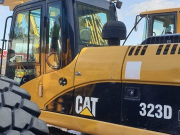 Excavator pe șenile Caterpillar CAT 323 D an 2010
