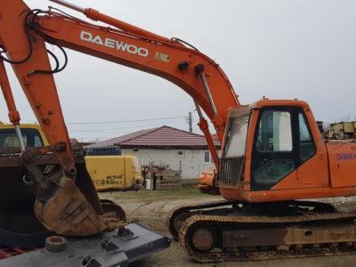 Excavator pe șenile Daewoo 170