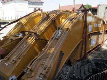 Braț de 18 m pentru excavatoare marca: JCB, Caterpillar, Volvo, Komatsu etc