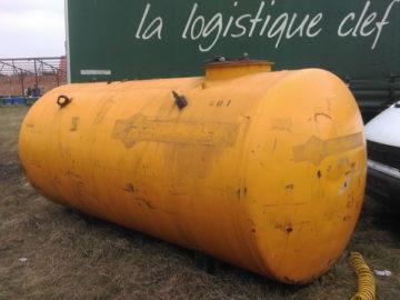 Rezervoare de apă sau de combustibili