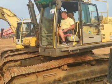 Excavator pe șenile Volvo EC 460 CL