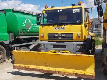 MAN LE 220 R 4X4 echipat pentru dezăpezire