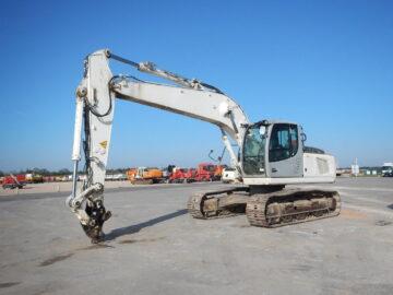 Excavator pe șenile Liebherr R 916, an 2011