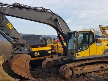 Excavator pe șenile Volvo EC 250 DL an 2013