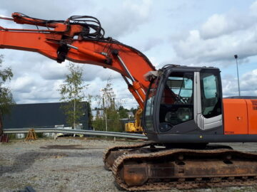 Excavator Hitachi Zaxis 210 LC an 2009