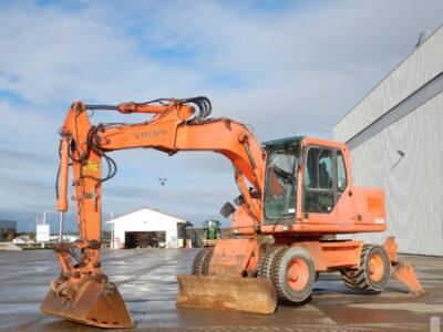 Excavator pe roți Volvo EW 140 B