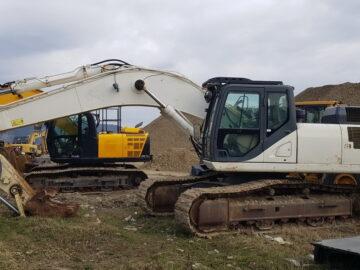 Excavator pe șenile CASE CX 350 C