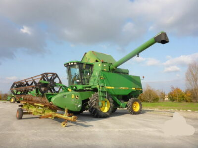 Combină agricolă John Deree CTS